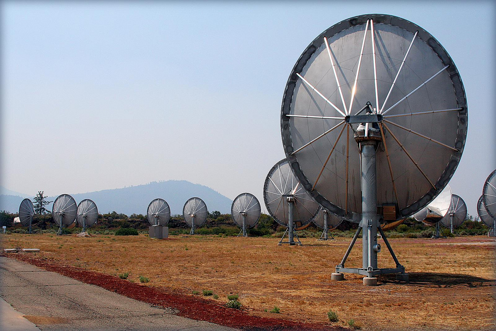 About 350 telescopes search for extraterrestial life at the Allen Telescope Array  in Northern California. Kathleen Franklin/Flick