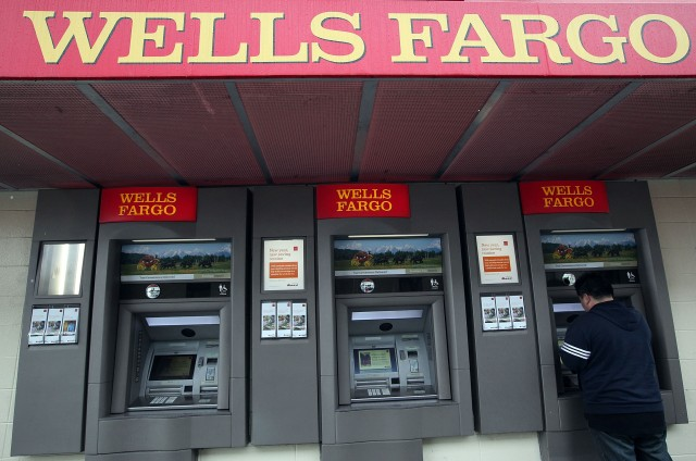 Wells Fargo branch in San Francisco. (Justin Sullivan/Getty Images)