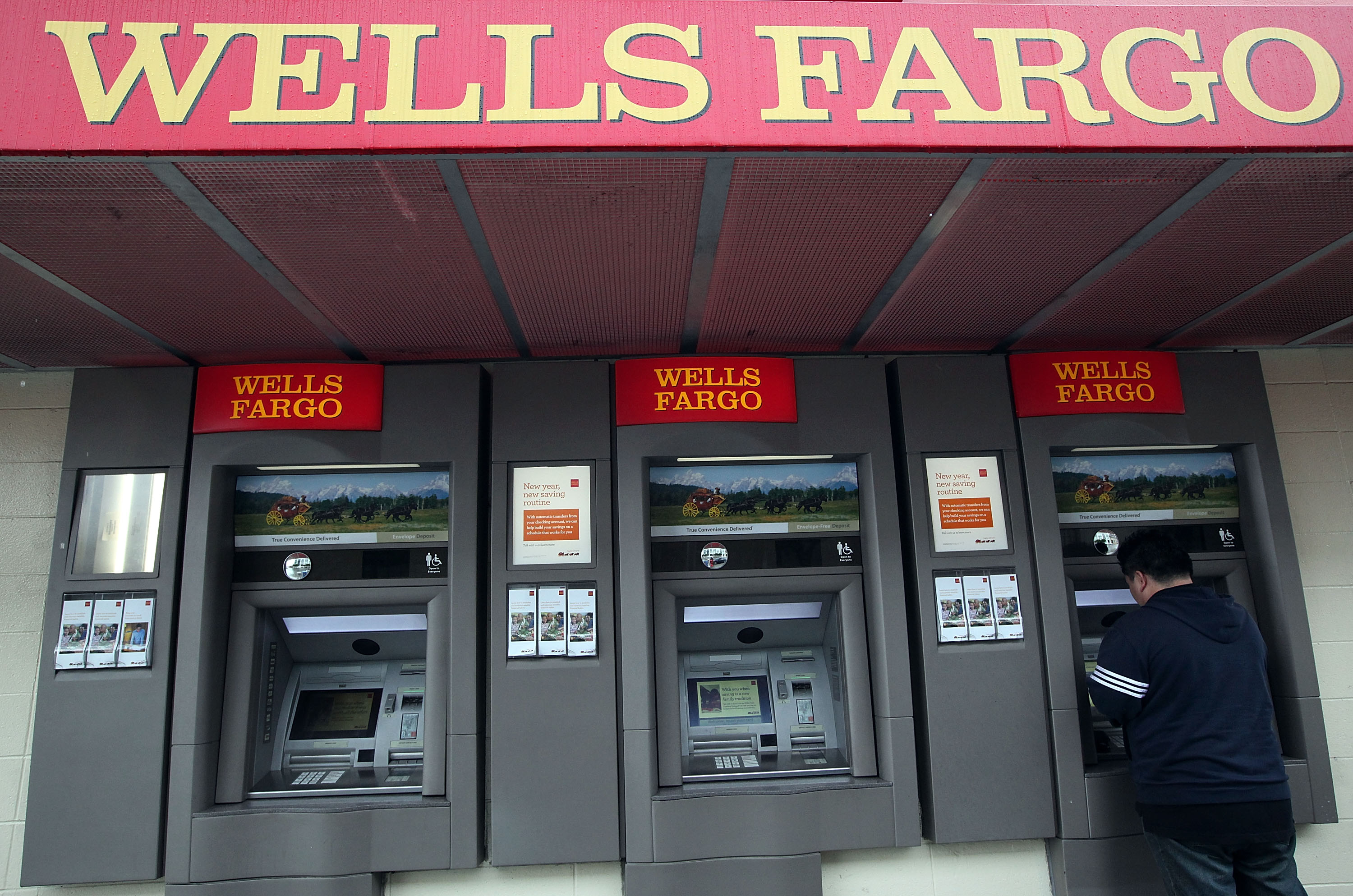 oakland considers divesting from wells fargo news fix kqed news wells fargo branch in san francisco justin sullivan getty images