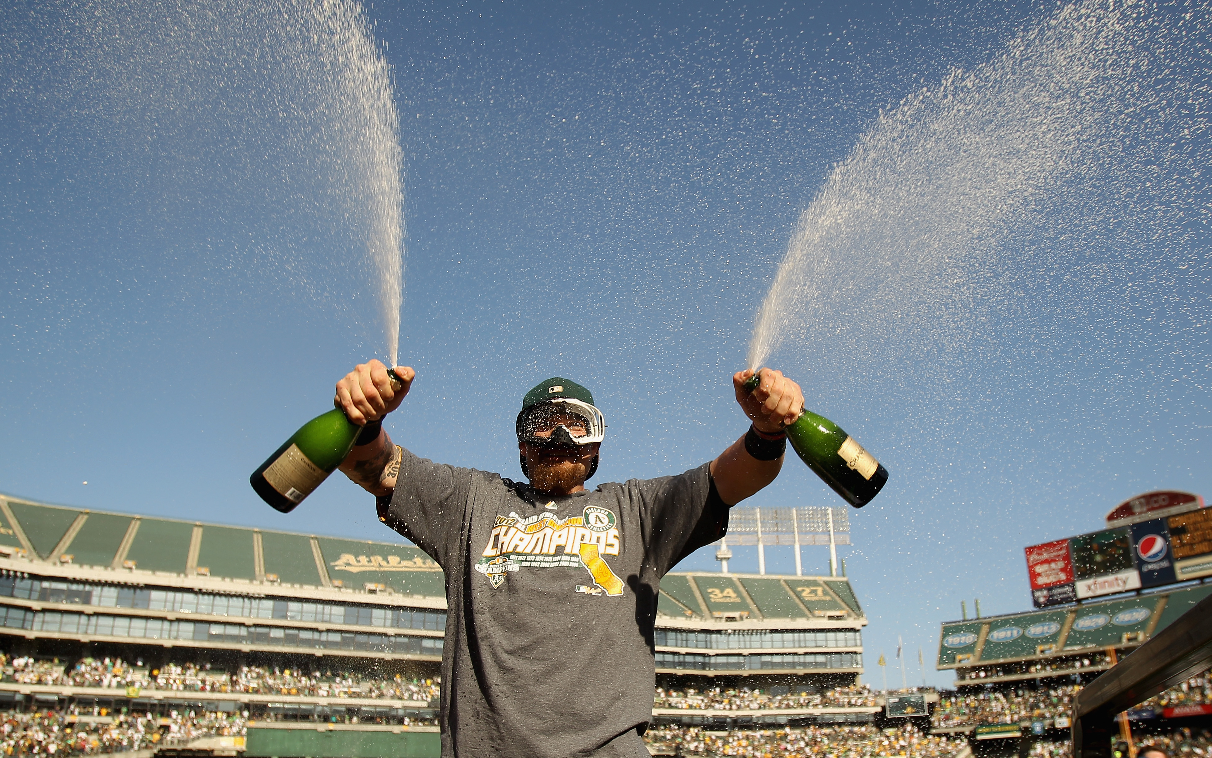 4 Ways Bay Area Baseball Fans Are Celebrating the A's and