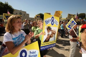 Supporters of Proposition 8 rally during a 'Yes on 8 bus tour' stop at St. Frances X Cabrini Church on October 24, 2008 in Los Angeles, California. ( David McNew/Getty Images)