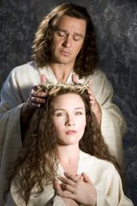 Nathan Gunn (Yeshua) and Sasha Cooke (Mary Magdalene). (Photo: J. Henry Fair/San Francisco Opera)