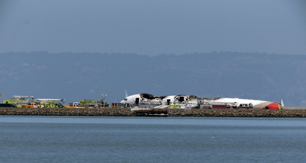 Boeing 777 Crashes At San Francisco Airport  (Justin Sullivan/Getty Images)
