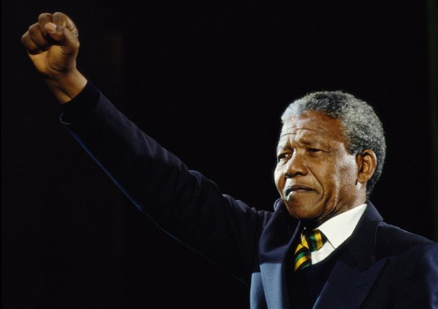 Nelson Mandela in United Kingdom appearance in 1990. (Getty Images).
