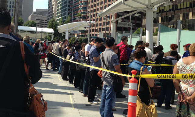 Line at the interim Transbay Terminal. (Almetria Vaba/KQED)