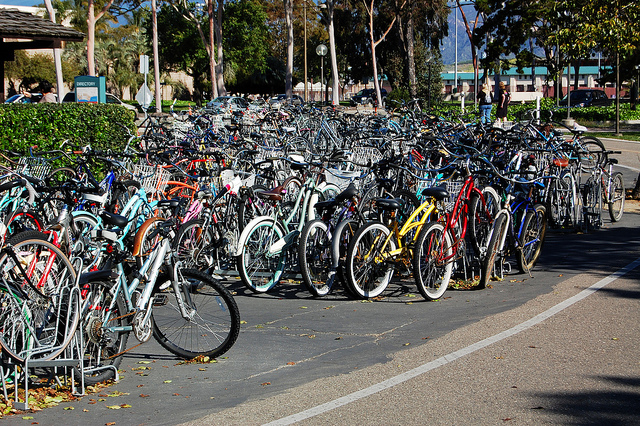 Rows of bicycles are parked on the campus of UC Santa Barbara, where 94% of students take alternative means of transportation. (sleepymeko/Flickr)