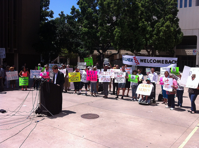 Rally calling for Mayor Filner's resignation on Aug. 12. (Seth Hall / Flickr)