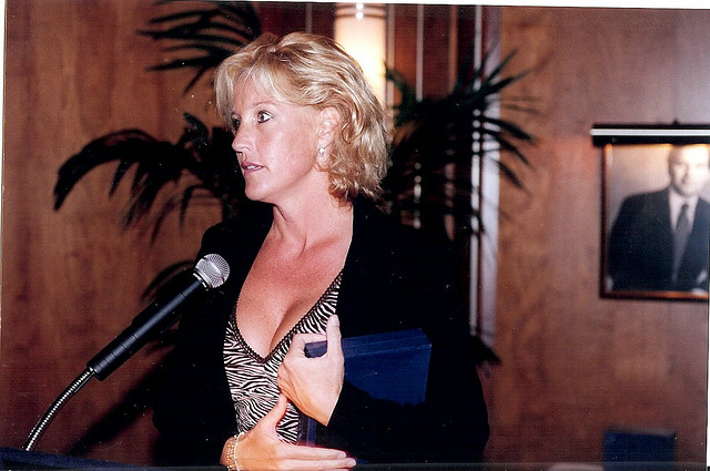 sociological perspectives on erin brockovich Erin brockovich: like any real story making its way to tinseltown, not everything about erin brockovich is necessarily erin brockovich herself despite the differing details, however, the spirit of social justice remains the same.