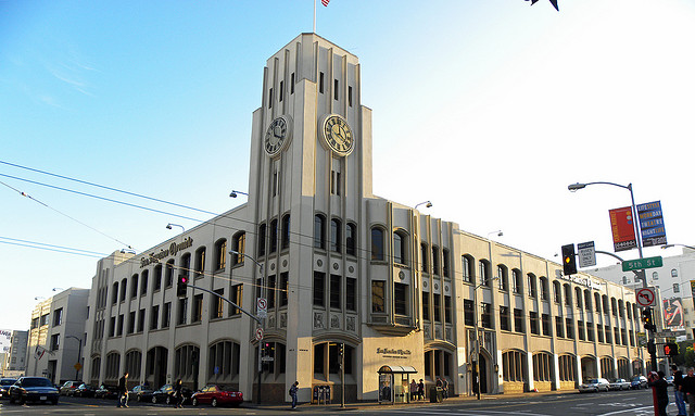 Yahoo to Move into Chronicle Building as Tech Office Grab in S.F. Intensifies