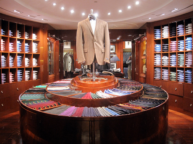 Ralph Lauren shop. (thinkretail / Flickr)