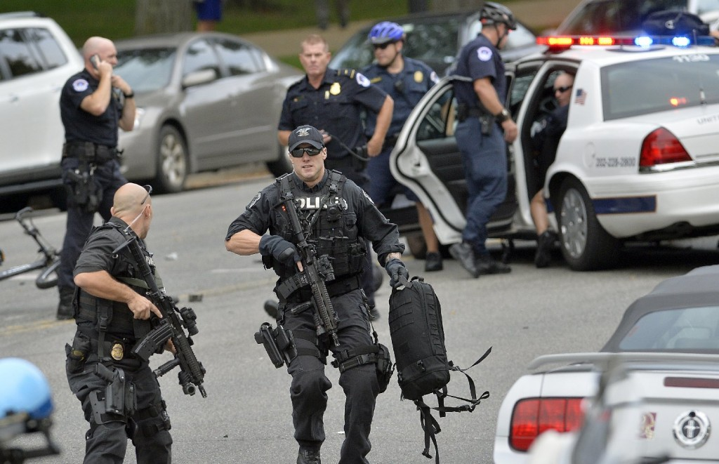 Police responding to scene of car chase that ended near the Capitol in Washington, D.C. (Jewel Samad/AFP-Getty Images)