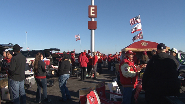Candlestick's 'Pole E': Family, Friends and a 49er Fan Tradition
