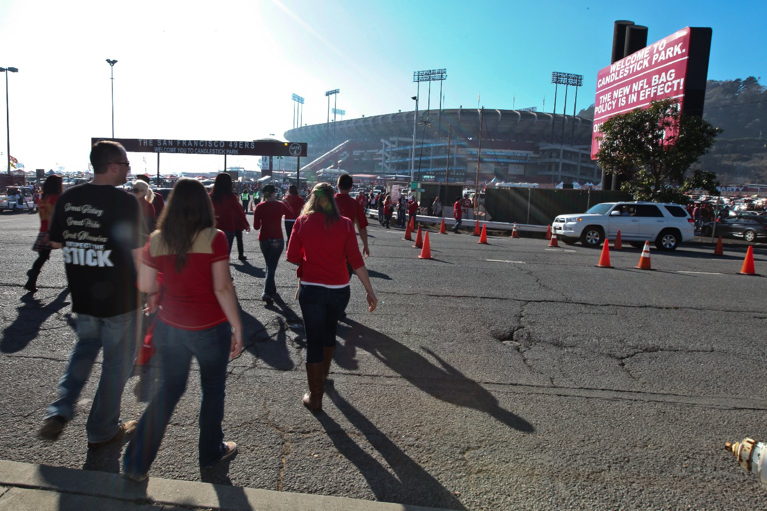 Fans head to Candlestick.