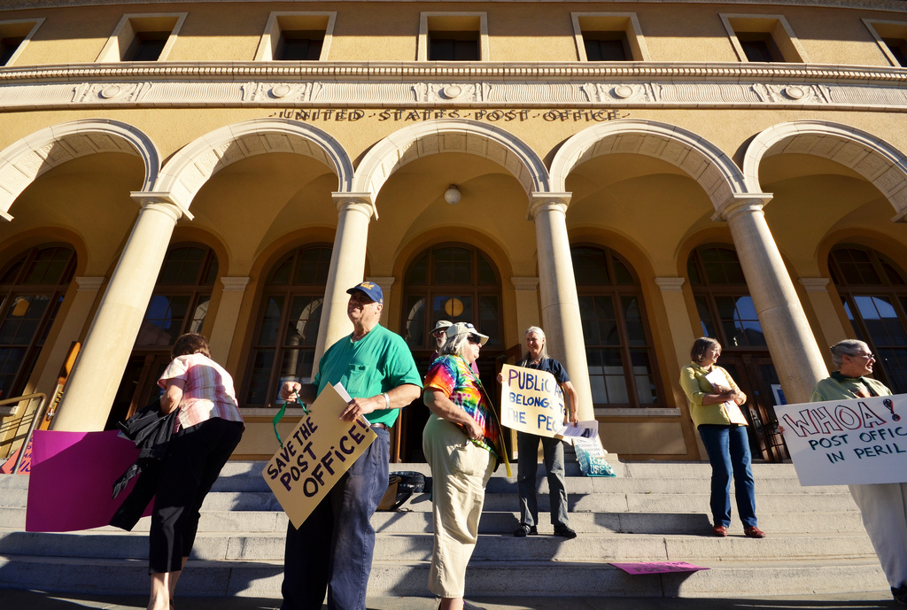 A group of Berkeley residents has been working to prevent the sale of the downtown Berkeley Post Office for over a year. (Daniel Parks/Flickr)