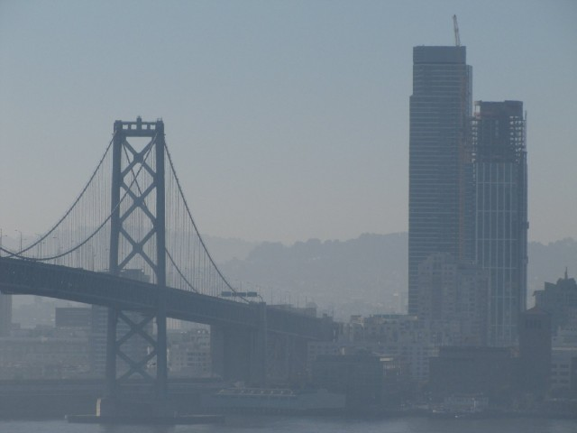 Poor air quality in San Francisco during a string of Spare the Air days in December. (Craig Miller/KQED)