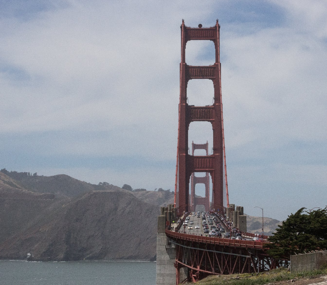 Golden Gate Bridge Tolls Going Up by a Quarter on Friday