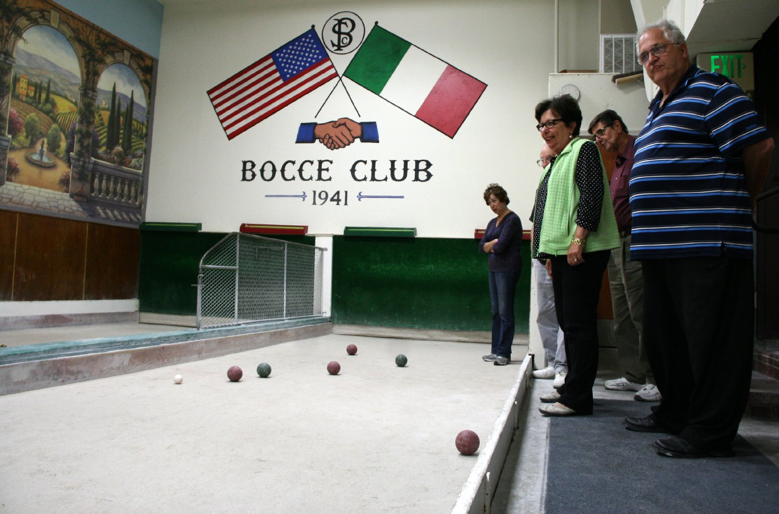 Bocce at Social Clubs Keeps Older Italians Tied to Their Roots