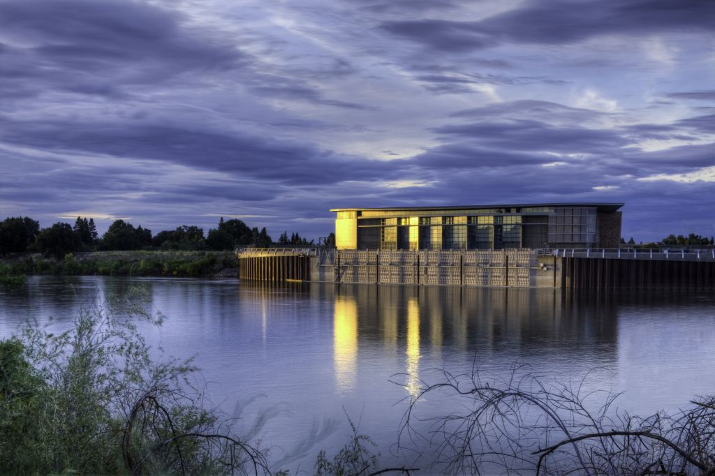 The Freeport water intake facility on the Sacramento River (East Bay Municipal Utility District)