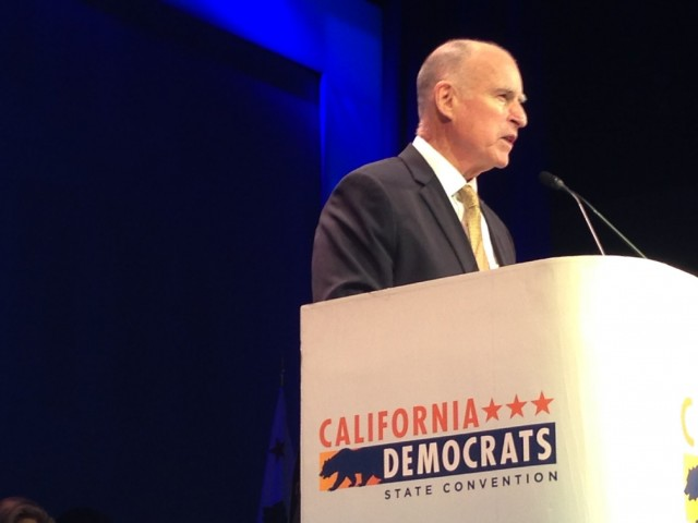 Gov. Jerry Brown speaks to the California Democrats' convention in L.A. on Saturday. (Scott Detrow/KQED)
