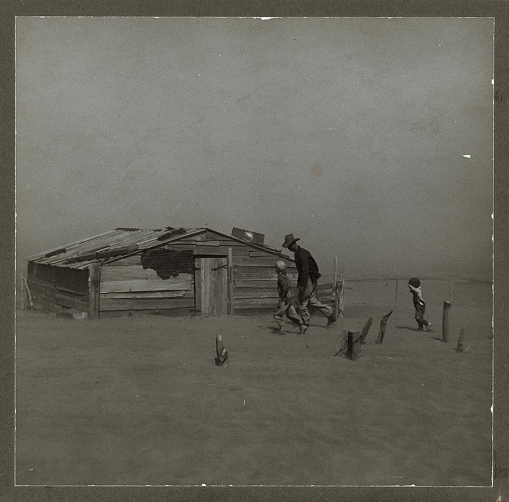Farmer and sons during dust storm in Cimarron County, Oklahoma, in April 1936 (Library of Congress/Arthur Rothstein)