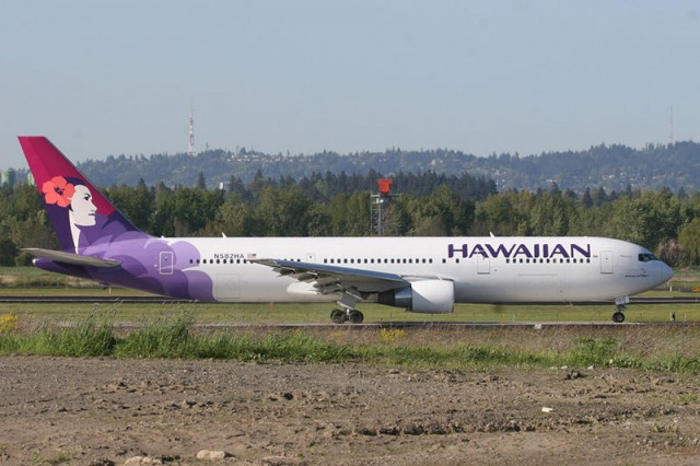 FILE PHOTO. A Santa Clara teen survived a flight in the wheel well of a Boeing 767 on a Hawaiian Airlines flight from San Jose to Hawaii. (Photo by planephotoman/Flickr)