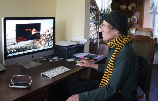 """Marvin Clouse shows the video he shot the night of Oct. 20, 2012, when his neighbor Jeremiah Moore was shot and killed by Vallejo police. (Alex Emslie/KQED)"""""""