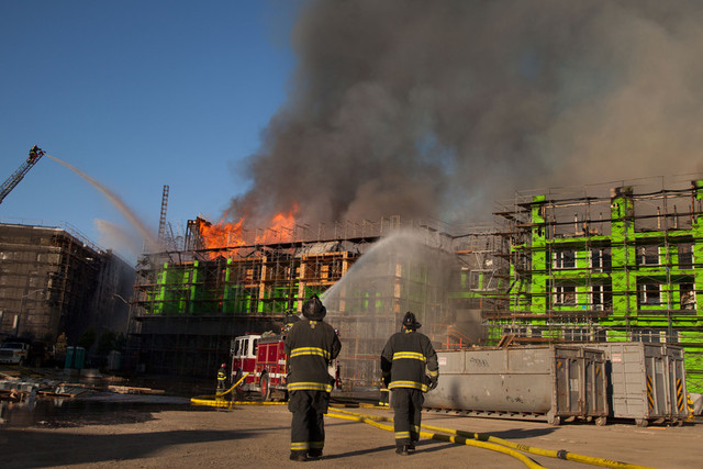 Mission Bay Fire. (Mark Andrew Boyer / KQED)