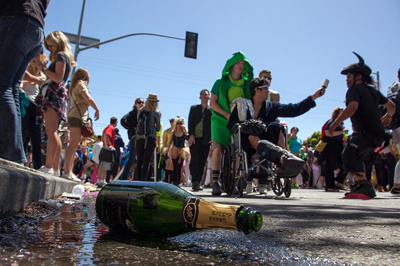 Video: Tens of Thousands Turn Out for Slightly Subdued Bay To Breakers
