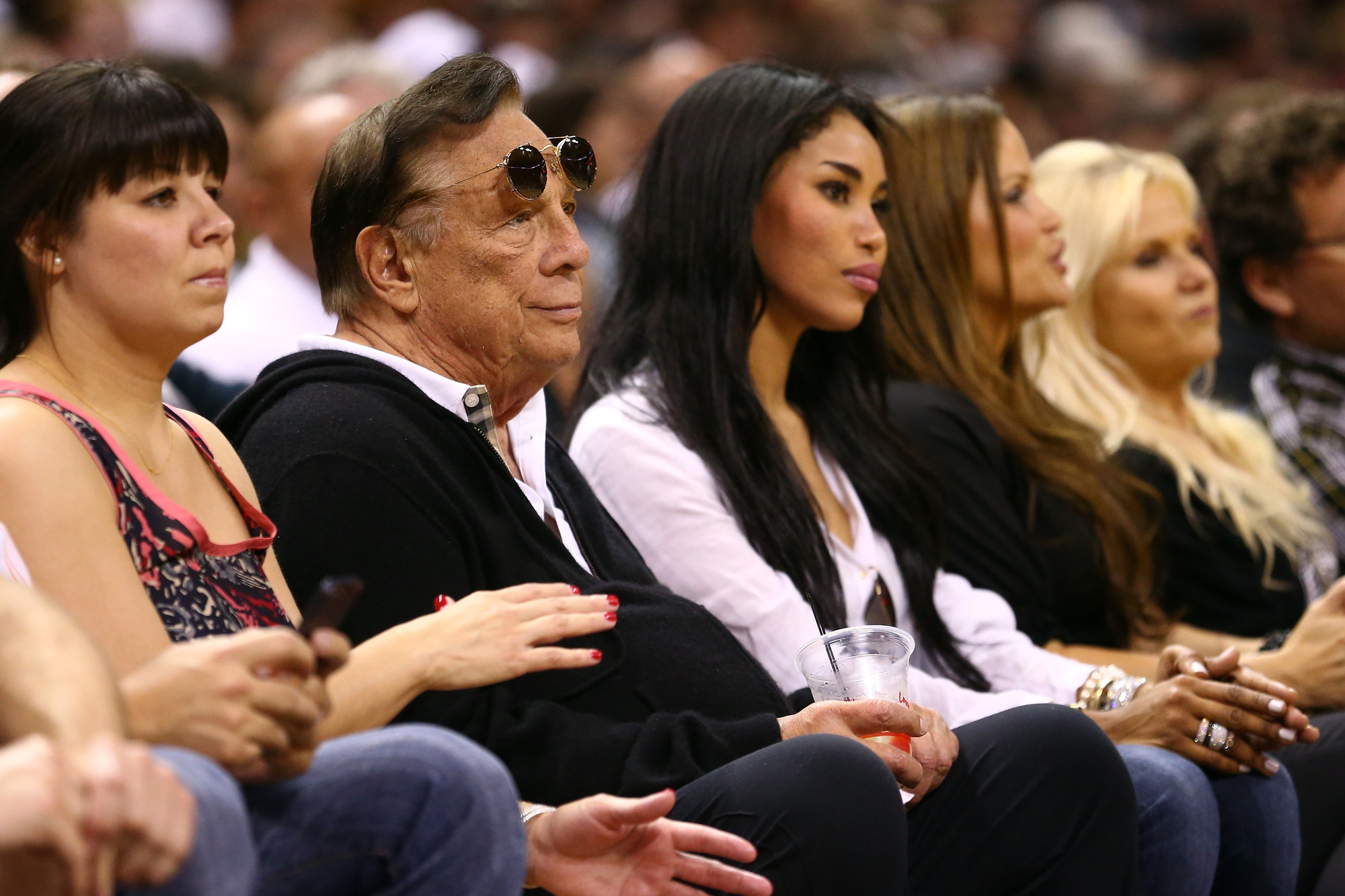 Report: Sterling Will Transfer His Share of Clippers to Wife and She'll Sell Team