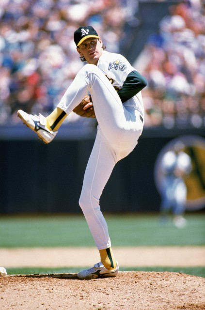 Bob Welch on the mound for the Oakland A's in 1989.  (Otto Greule Jr./Getty Images)