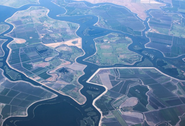 A bond measure that failed in the state Senate would have provided more than $1 billion for projects in the Sacramento-San Joaquin Delta. (Dan Brekke/KQED)