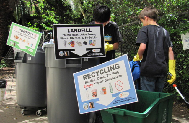Students at John Muir Elementary sort for composting and recycling, but more Berkeley residents need to recycle in order for the city to meet its 2020 zero waste goal. Photo: Green Schools Initiative