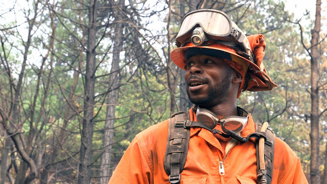 Emir Dunn at work on the Bully Fire in Shasta County. (Adam Grossberg/KQED)