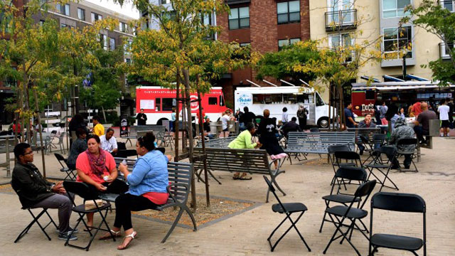 Off the Grid Food Trucks Come to Uptown Oakland