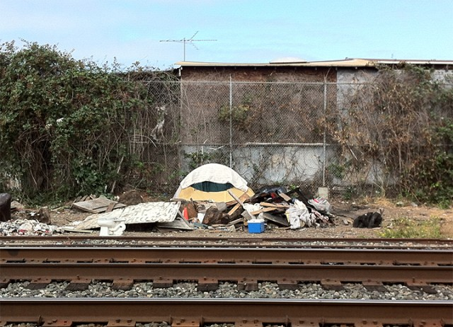 The eviction of the Albany Bulb and the clean-up of the Gilman underpass have prompted homeless to sleep along the West Berkeley train tracks. (Berkeleyside)