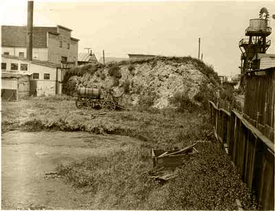 The West Berkeley Mound. (date unknown). Photo courtesy of the Nels Nelson Archive, American Museum of Natural History/UC Berkeley.