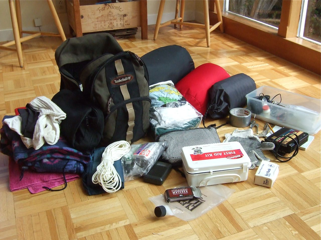 Prepare your earthquake kit now, so you will have it ready when it's needed. (Earthworm/Flickr)