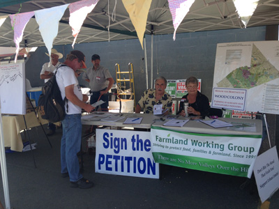 At the fair, a place to sign a petition to limit urban growth. (Lisa Morehouse/KQED)