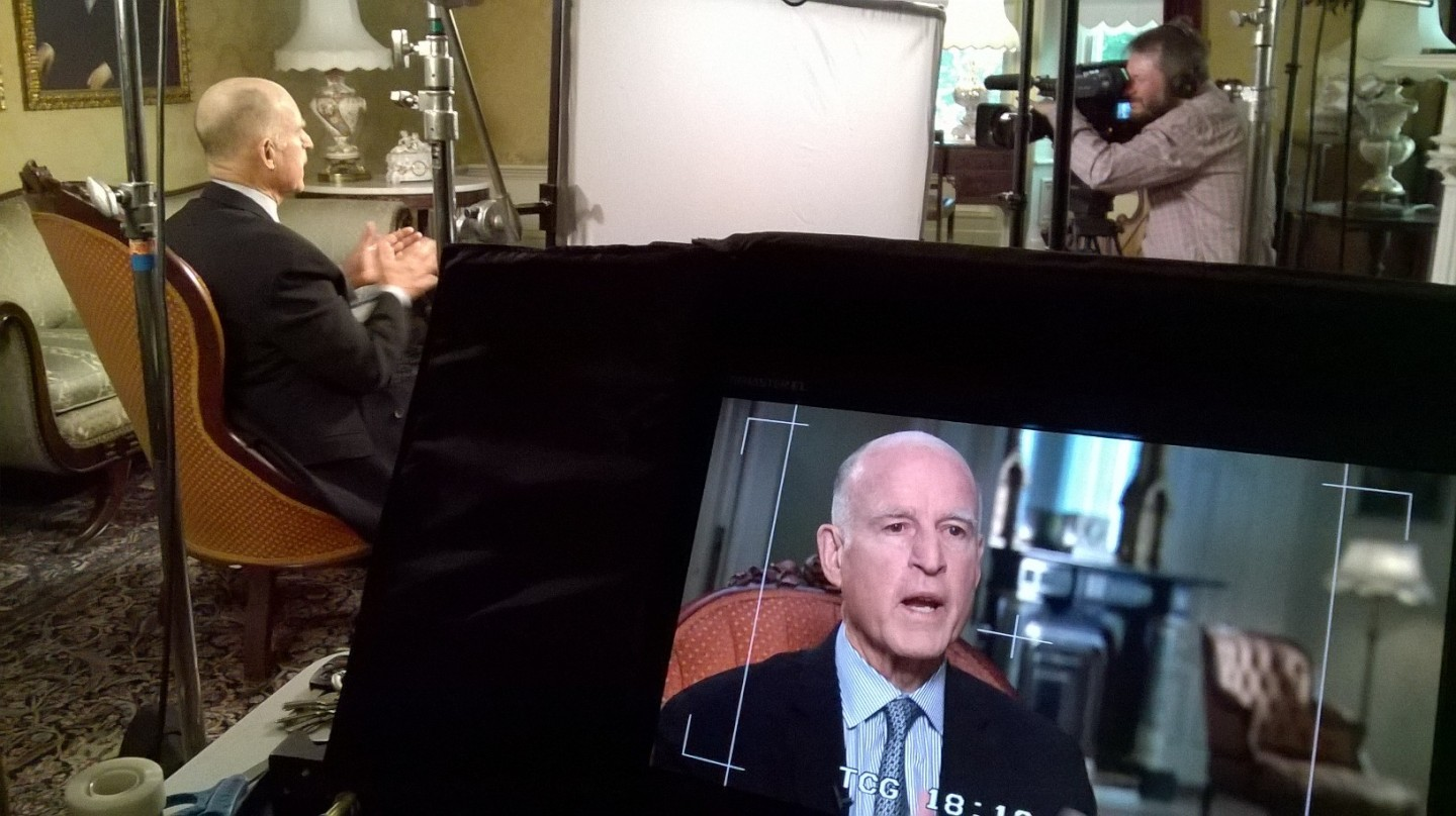 Gov. Jerry Brown is interviewed by senior politics editor John Myers of KQED. (Monica Lam/KQED)