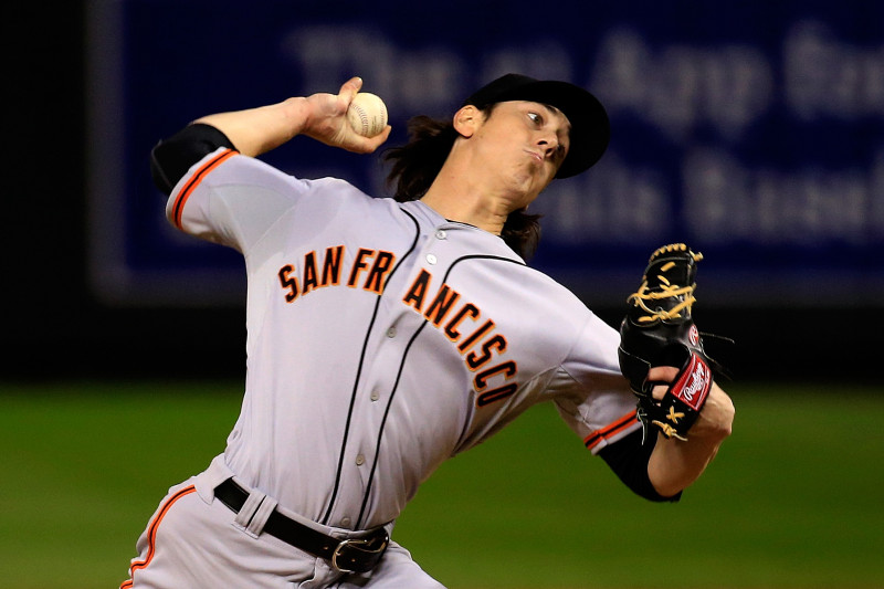 Tim Lincecum pitched 1 2/3 scoreless innings before leaving with an apparent injury. (Jamie Squire/Getty Images)