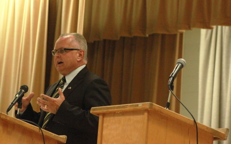 A recent election event in California City was billed as a debate between Democratic incumbent Steve Fox and Republican Tom Lackey but Assemblyman Fox declined to participate.