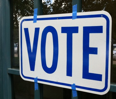 Voting sign. (John Myers/KQED)