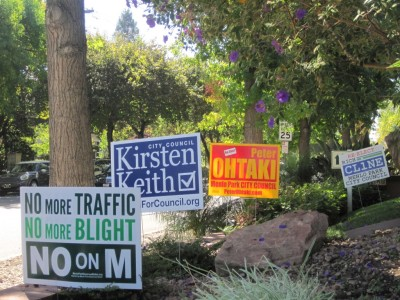 Signs for and against Measure M blanketed Menlo Park in the weeks ahead of the election. Voters rejected Measure M, which would have imposed further limits on future office buildings downtown (Farida Jhabvala Romero/Peninsula Press)