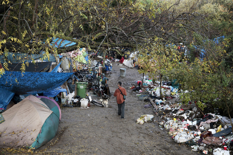 Residents were given noticed that they needed to clear out on Monday. (James Tensuan/KQED)