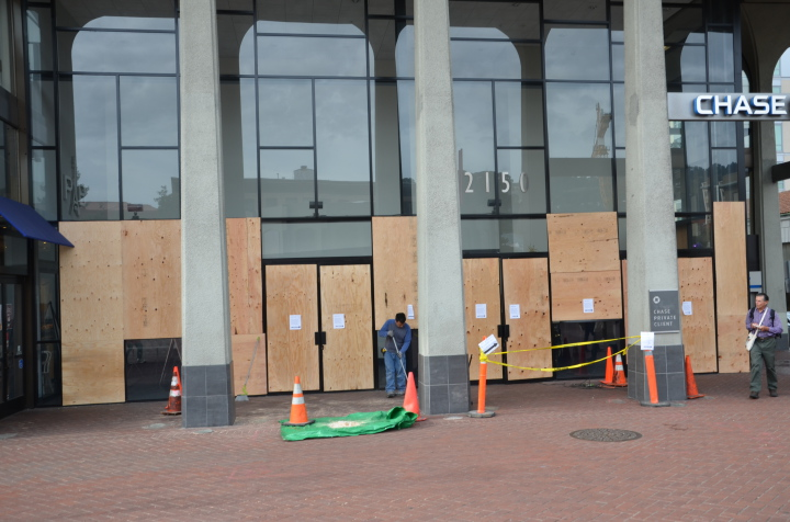 Chase was one of three banks in downtown Berkeley damaged by demonstrators on Dec. 7. (William Newton/Berkeleyside)
