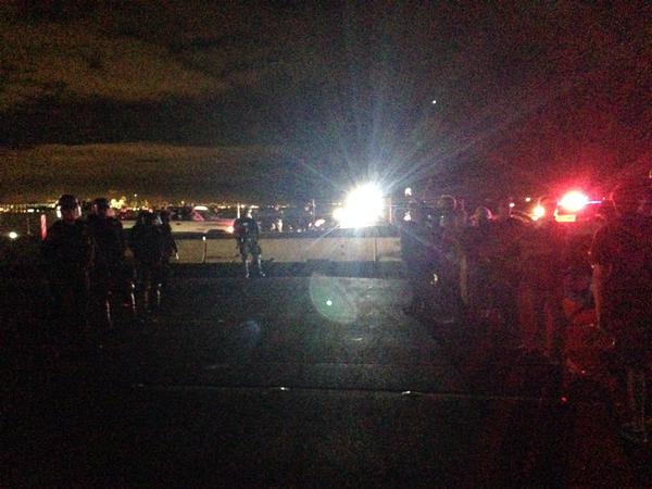 CHP move in on protesters blocking I-80 (Isabel Angell/KQED).