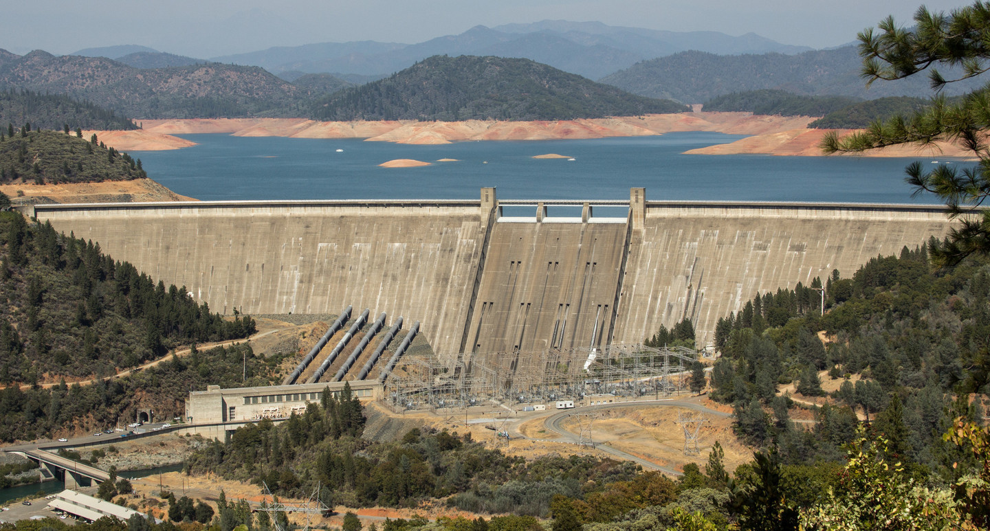 Shasta Dam, north of Redding, in September 2014. Federal and state water officials and California water agencies back a plan to raise the dam up to 18 feet.  Dan Brekke/KQED