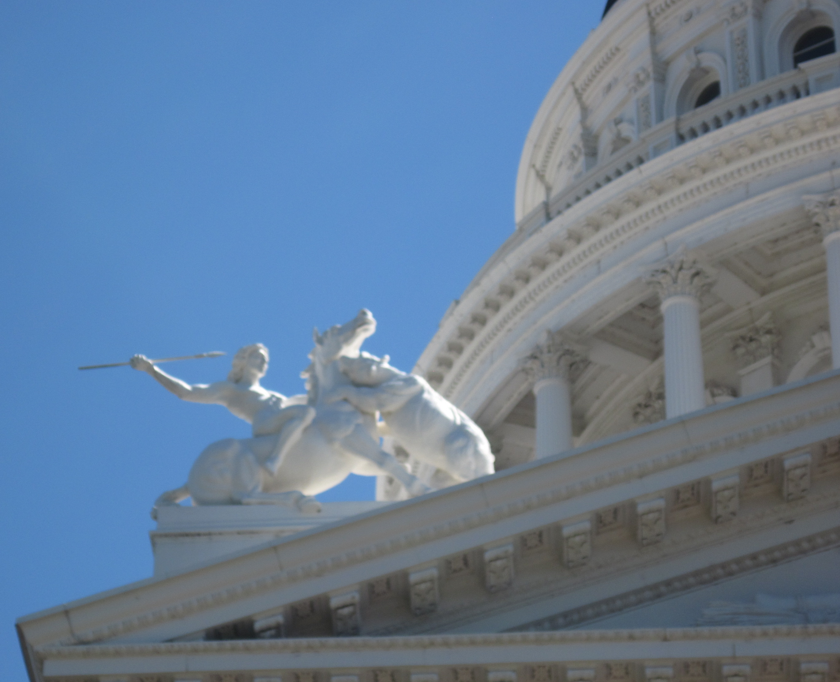 What big political stories are coming to the Statehouse in 2015?