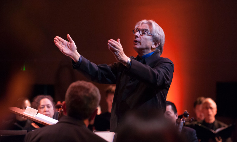 Michael Tilson Thomas conducts members of the SF Symphony and Chorus.