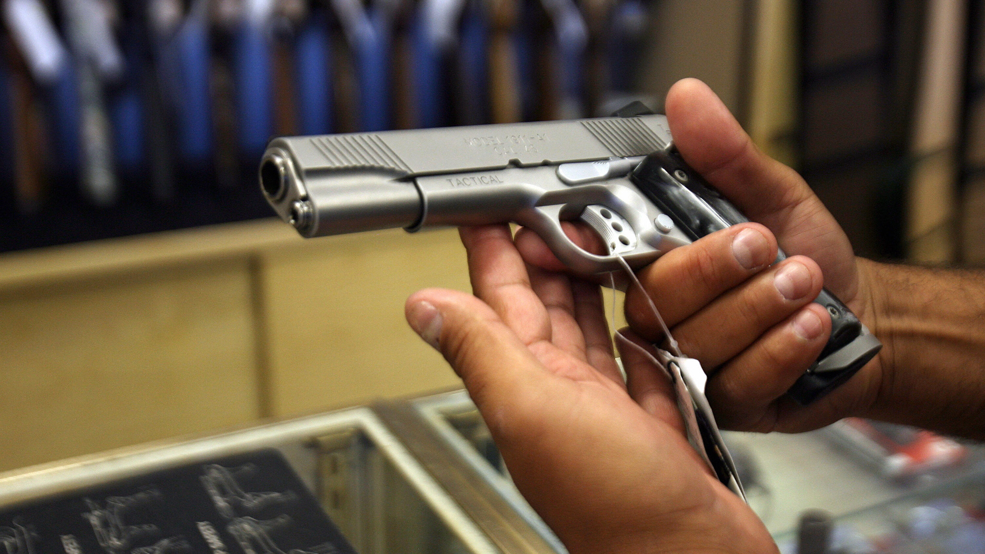 A bill in the California Senate would require law enforcement officers to lock up handguns they leave in their cars.